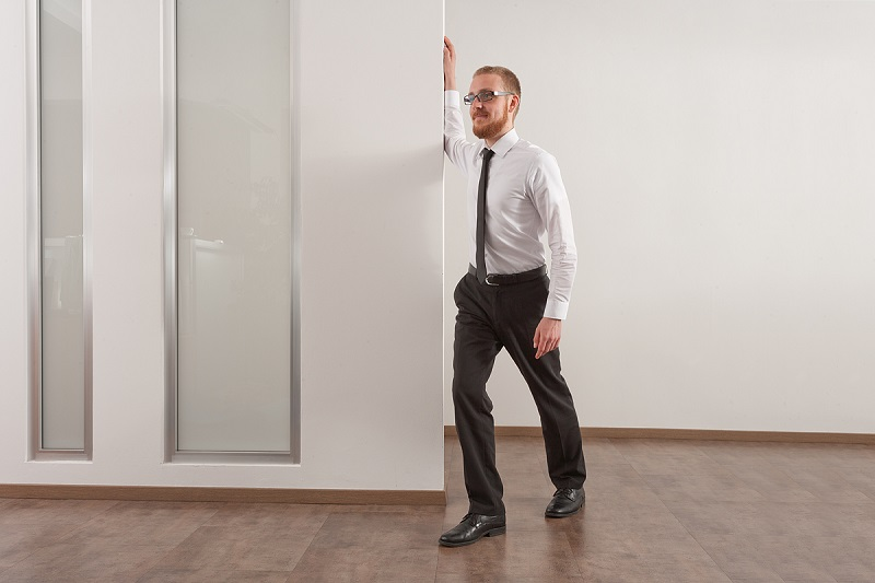Cvičení v kanceláři - aby záda ani hlava nebolely